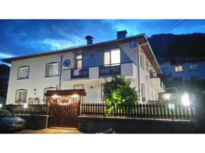 Почивка по мерак близо до Пампорово - Къща за гости Мераклии